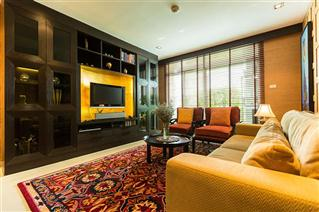 Fabulous corner unit 2 bedroom for sale at Sukhumvit City Resort Condominium Nana