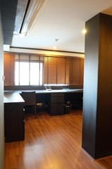 1 bedroom condo for sale at The Emporio Place - Condominium - Phrom Phong - Phrom Phong