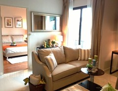 One bedroom condo for rent at Le Cote Sukhumvit 14  Condominium Asok