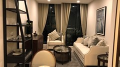 1 bedroom condo for rent at Noble Ploenchit