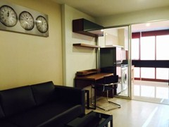 One bedroom condo for rent at Rhythm Sathorn - Narathiwas Condominium Yannawa