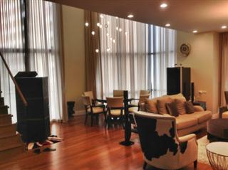 3 bedroom duplex condo for rent at Bright Sukhumvit 24