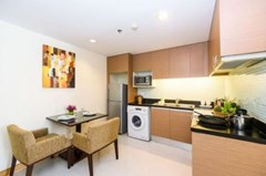 Studio apartment for rent at Lohas Residences Sukhumvit
