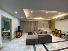 2 bedroom condo for rent and sale at Saranjai Mansion