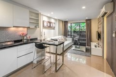 1 bedroom condo for sale at Mirage Sukhumvit 27