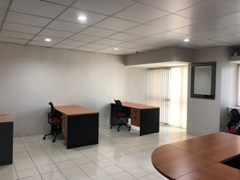 Office for rent at Sukhumvit Suite, Nana