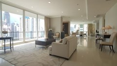 4 bedroom penthouse for rent at Royce Private Residences