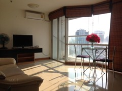 Sukhumvit Suite 1 bedroom condo for sale