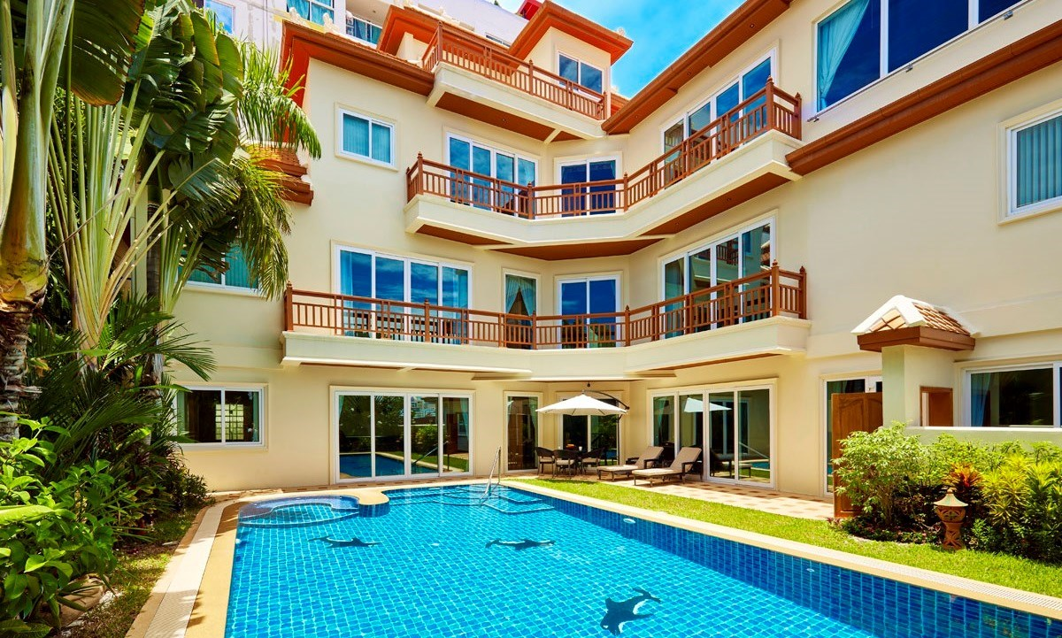 Stunning 5 Bedroom House For Sale In Pattaya